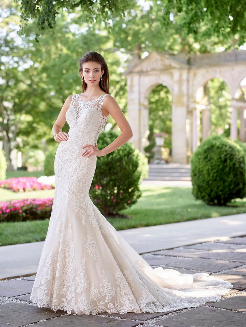 5 Wedding Dress Styles Millennial Brides Will Love - WeddingWire