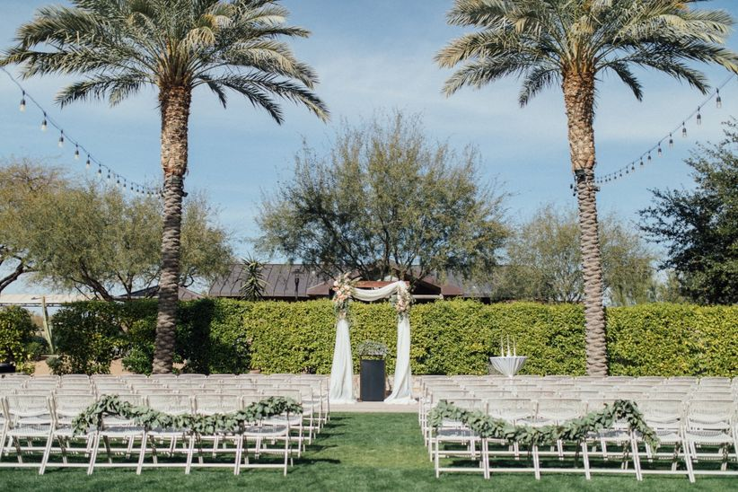 palm trees ceremony arch
