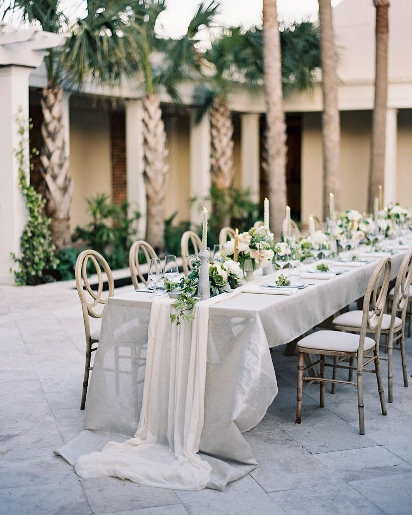 6 Downtown Charleston Wedding Venues To Obsess Over Weddingwire