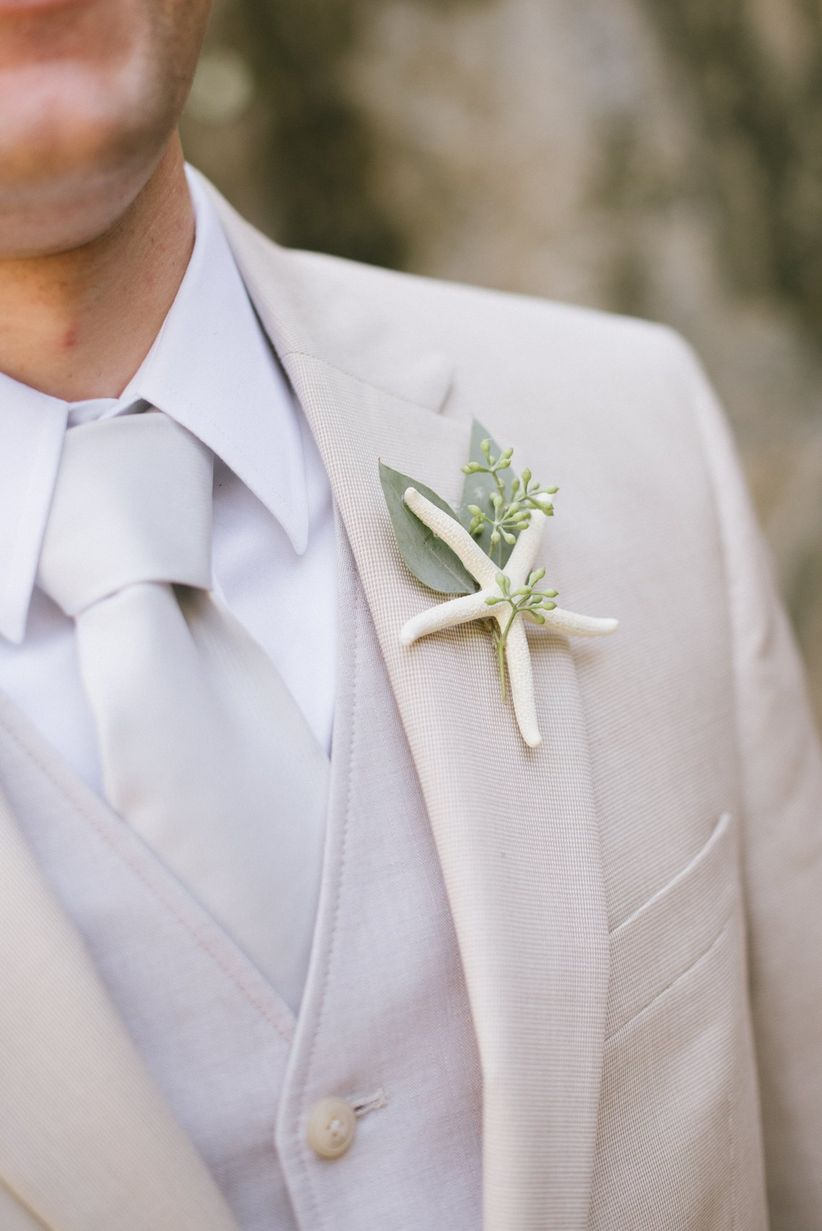8 Summer Wedding Outfits For Grooms - WeddingWire