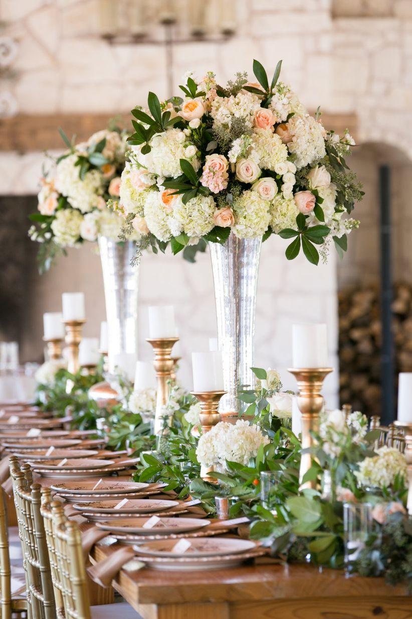 13 popular wedding centerpiece vessels weddingwire tall garden rose and hydrangea centerpiece reviewsmspy