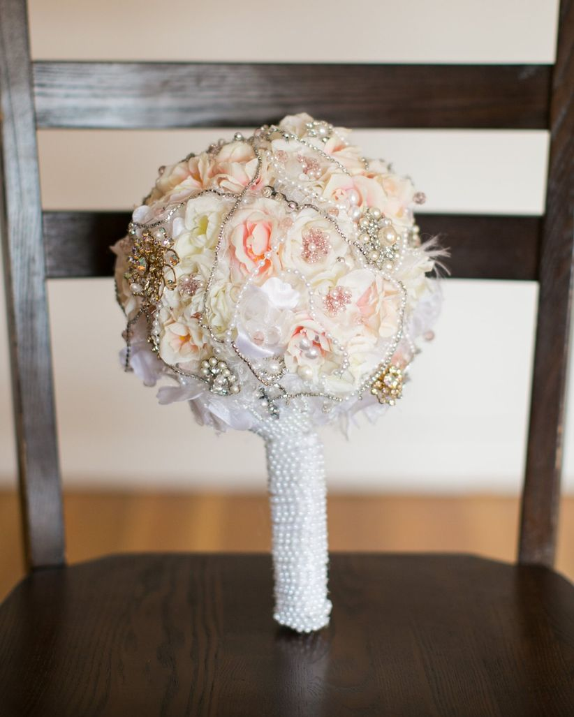 The Evolution Of Flower Arrangements Weddingwire