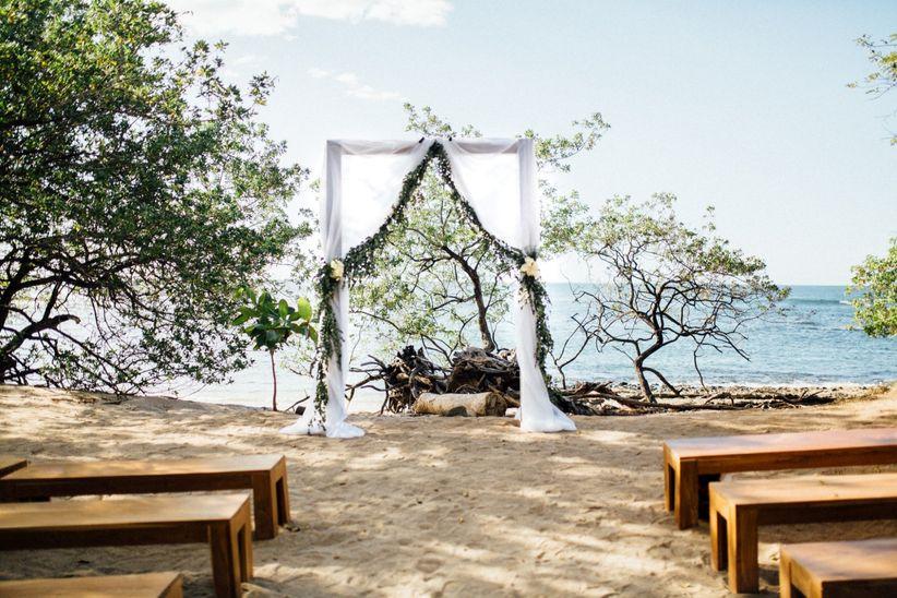 greenery altar costa rica