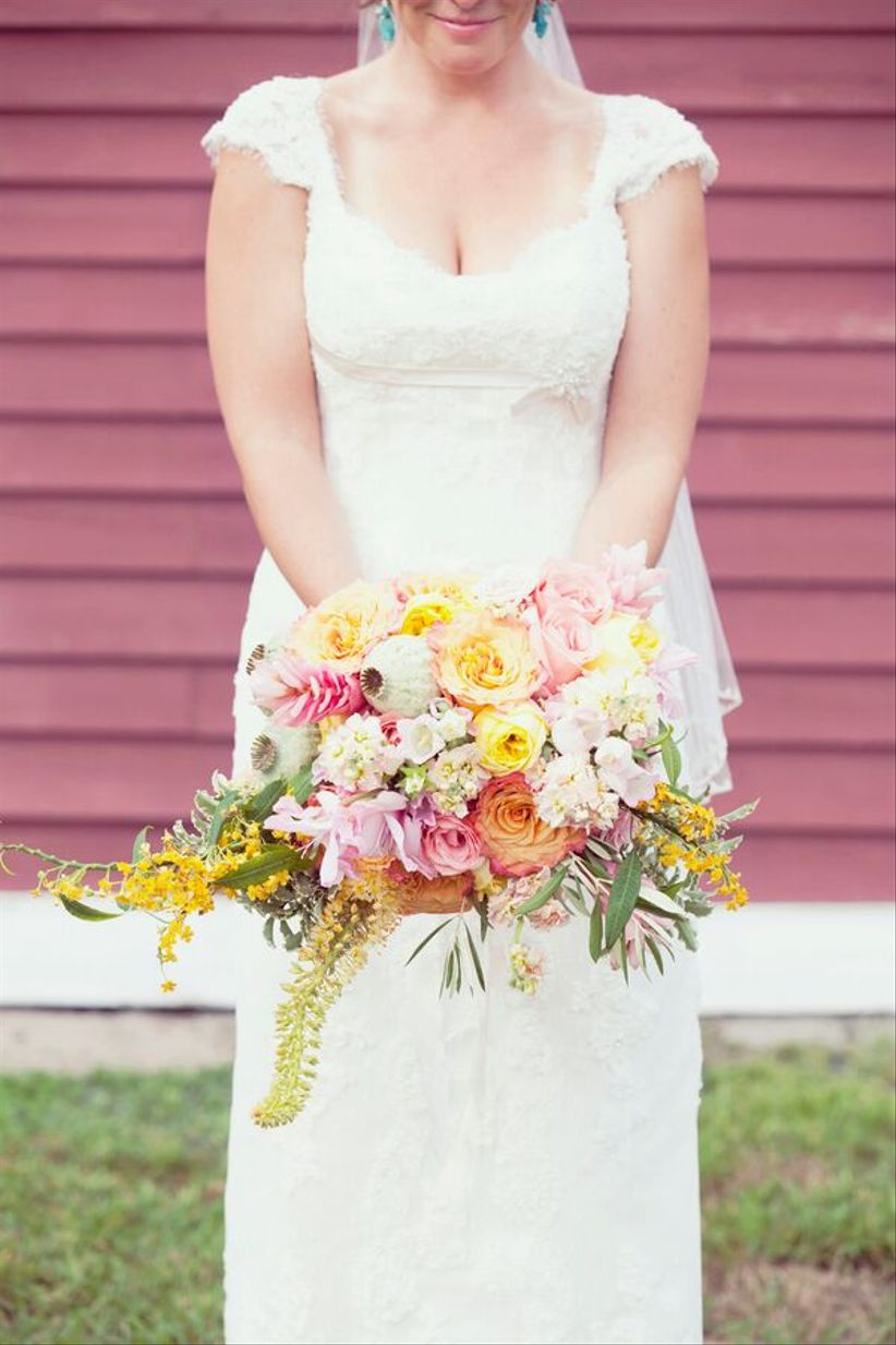 oversized pink and yellow summer bouquet - dreamlove wedding photography