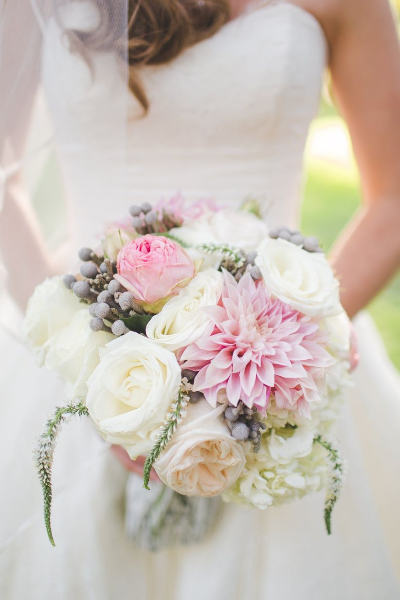 blush dahlia and rose bouquet