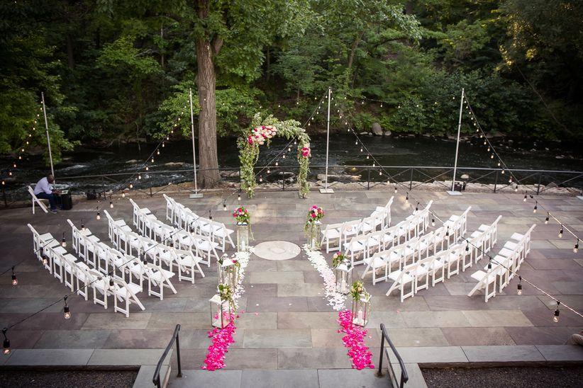ceremony arch femina