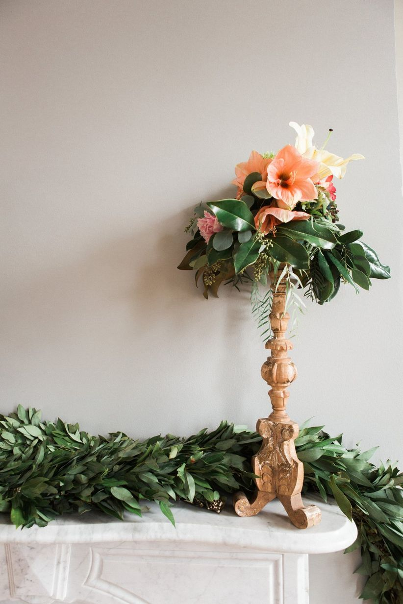 peach amaryllis centerpiece