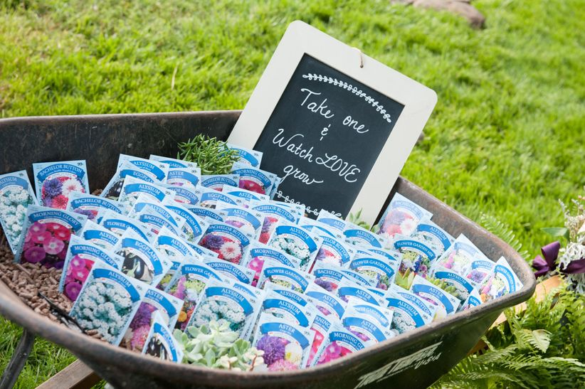 seed packet favors in wheelbarrow display <li>j hodges photography