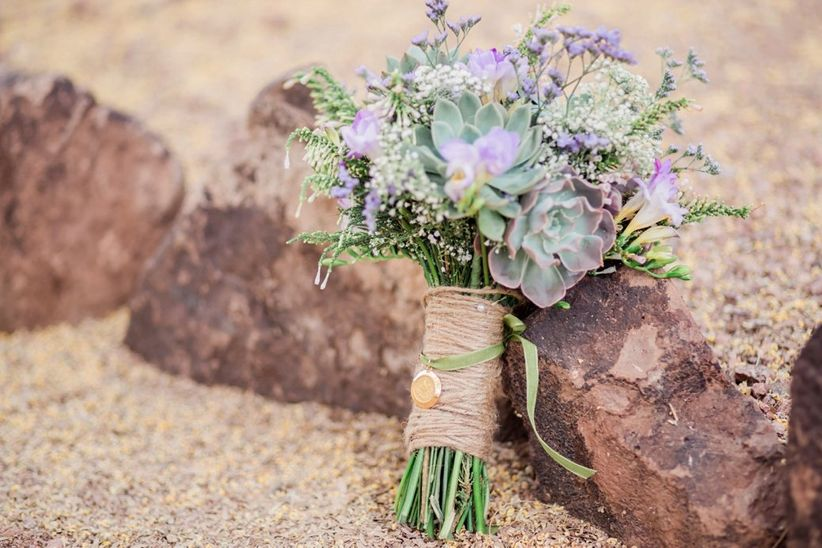 rustic succulent bouquet with twine