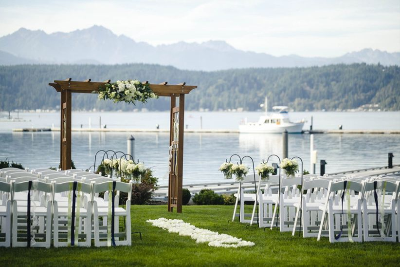 9 beautiful seattle wedding venues on the water weddingwire seattle wedding venues on the water junglespirit Images