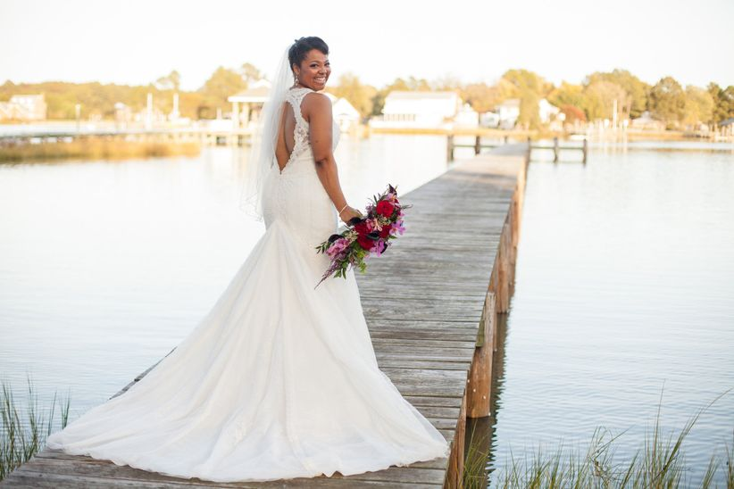 d5e0164a319d How to Choose a Bridal Shop That's Right for You - WeddingWire