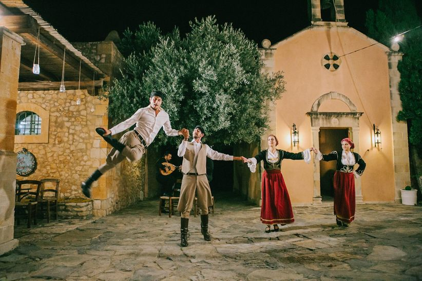 6 Greek Wedding Dance Vids To Inspire Your Reception Moves Weddingwire