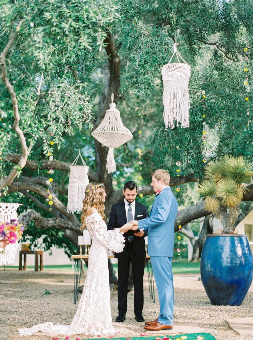 macrame chandeliers at wedding ceremony