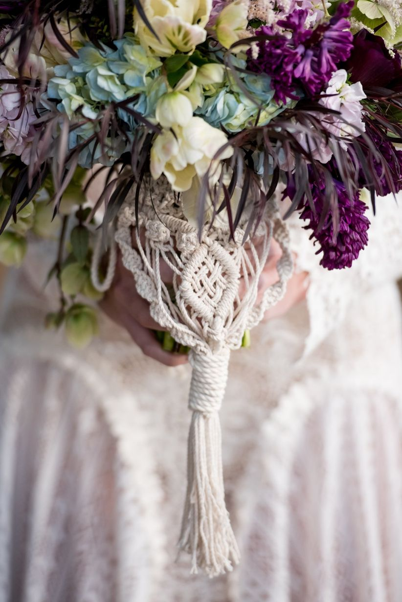 macrame bouquet wrap