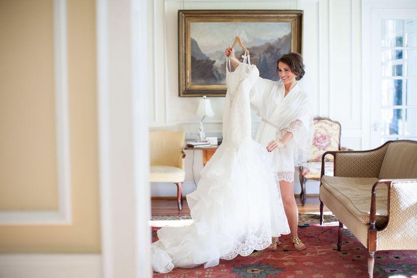 bd1acea11b 12 Questions Every Bride MUST Ask a Wedding Dress Salon - WeddingWire