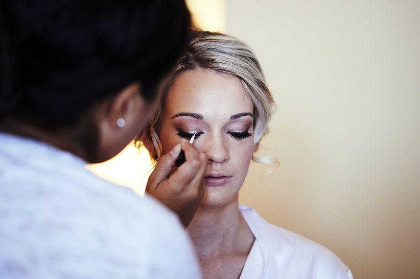 makeup <li>captive art photography