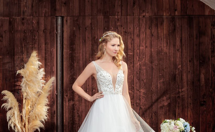 7a535e88b4a0d 20 Wedding Dresses Under $1,000 For Every Kind of Bride - WeddingWire