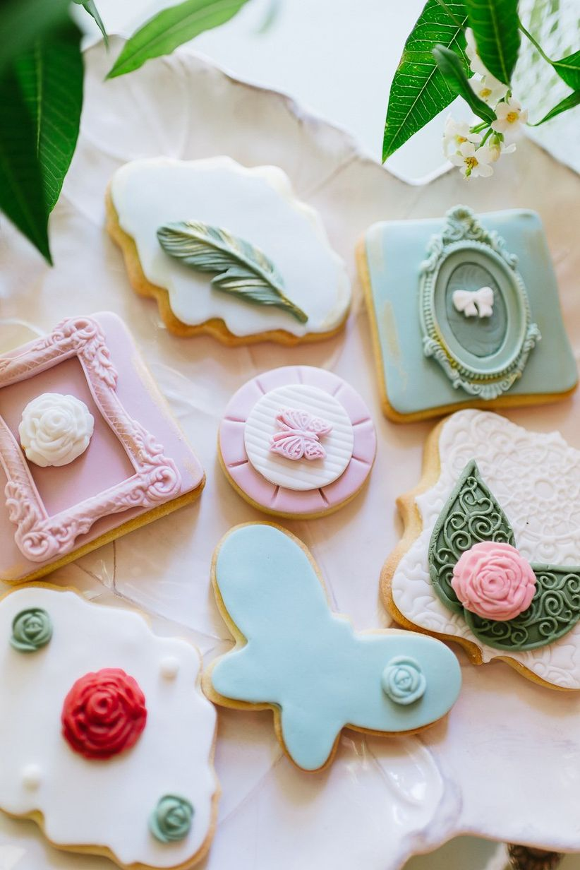 decorated sugar cookies with fondant frosting