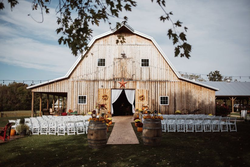 barn wedding farm fairview venues events venue wear october rustic event powhatan should stockings weddingwire virginia va guests perfection 4fashionadvice