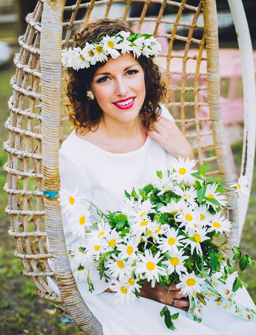 daisy flower crown on bride