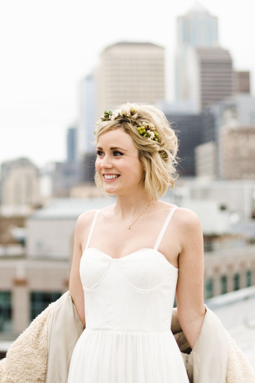 20 Wedding Hairstyles For Short Hair Updos Half Up More