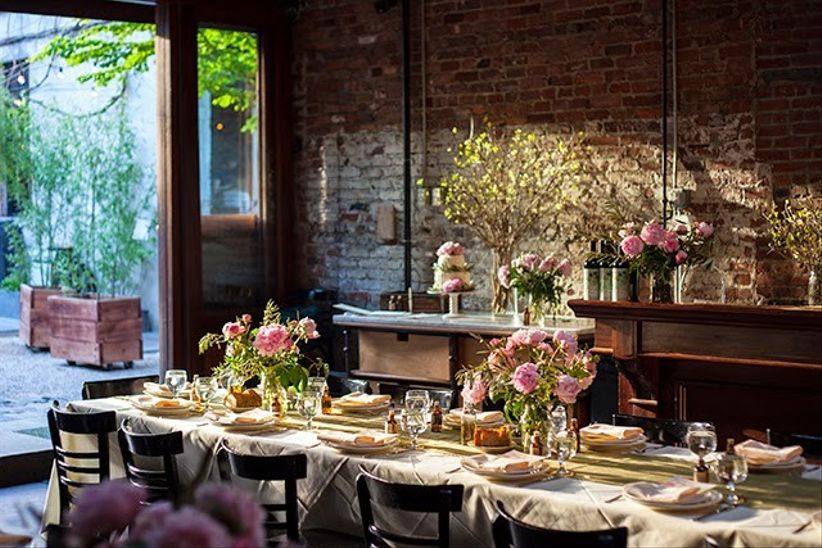 14 small wedding venues in new york city weddingwire frankies 457 spuntino junglespirit Choice Image