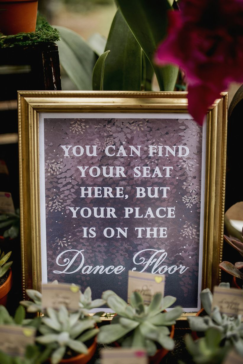 escort card table sign