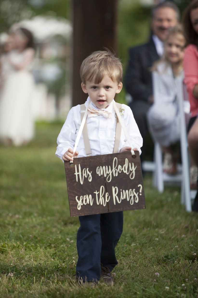 15 funny wedding signs that will make your guests lol