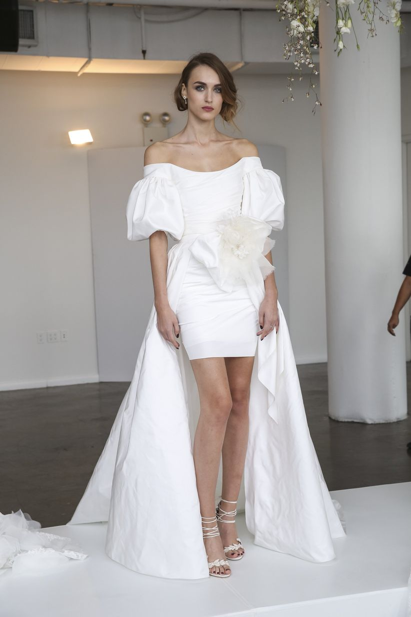 Wedding Dresses For Short Brides.11 Short Wedding Dresses That Give Legs For Days Weddingwire