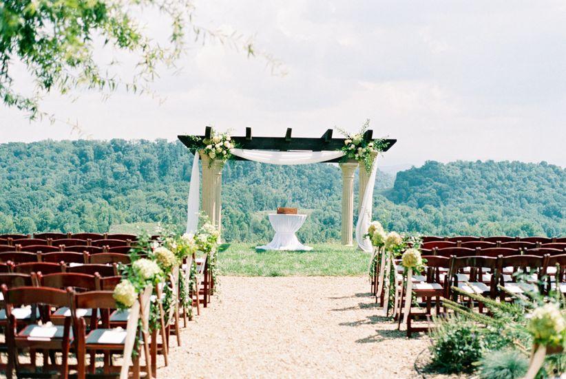 outdoor summer ceremony with hydrangeas