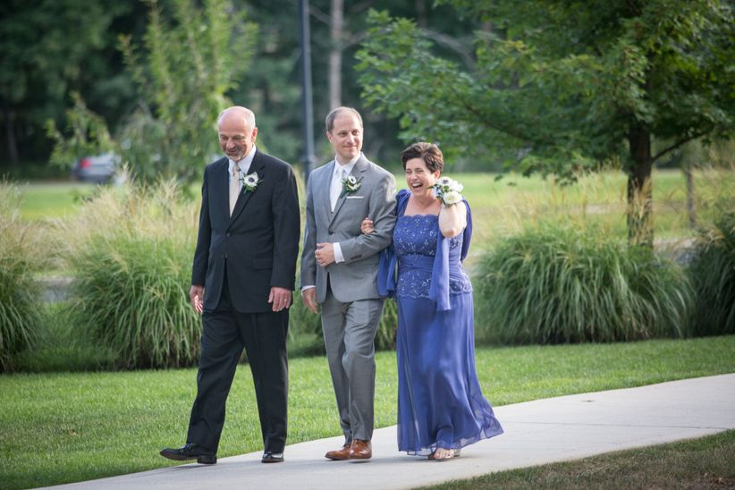 Who Pays For The Wedding Heres The Official Answer Weddingwire