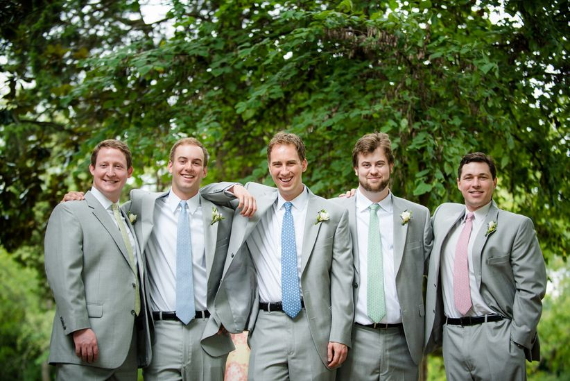 groomsmen in mismatched ties