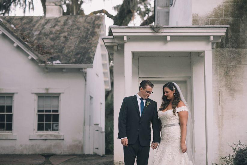 7 Wedding Dress Fitting Tips Every Bride Needs To Know Weddingwire