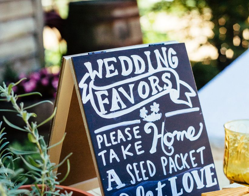 Wedding favor sign ideas