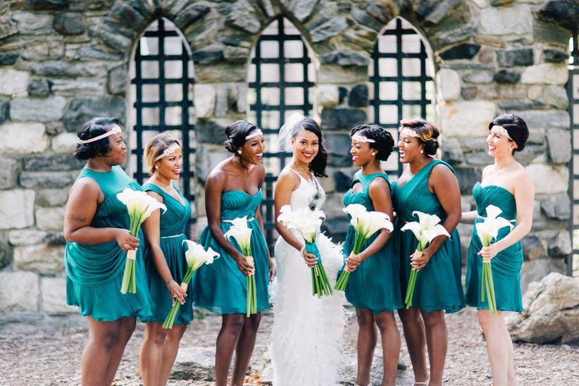 bride and bridesmaids at great gatsby theme wedding