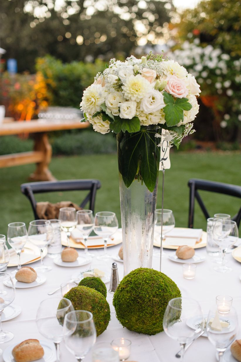 moss wedding centerpiece ideas
