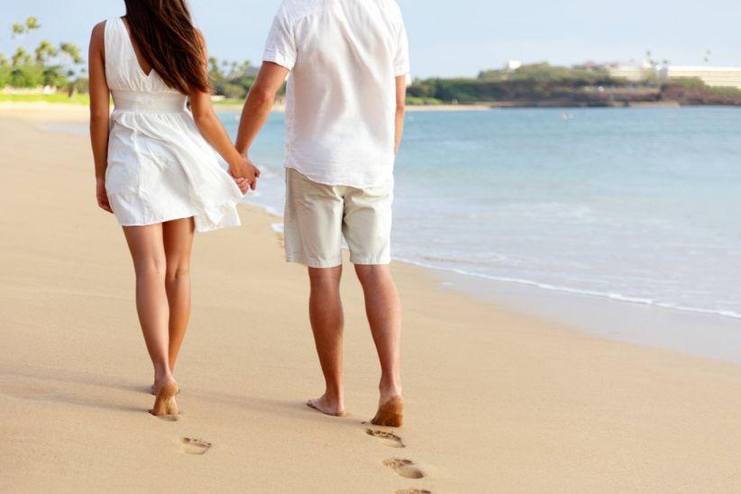 honeymoon couple on vespa