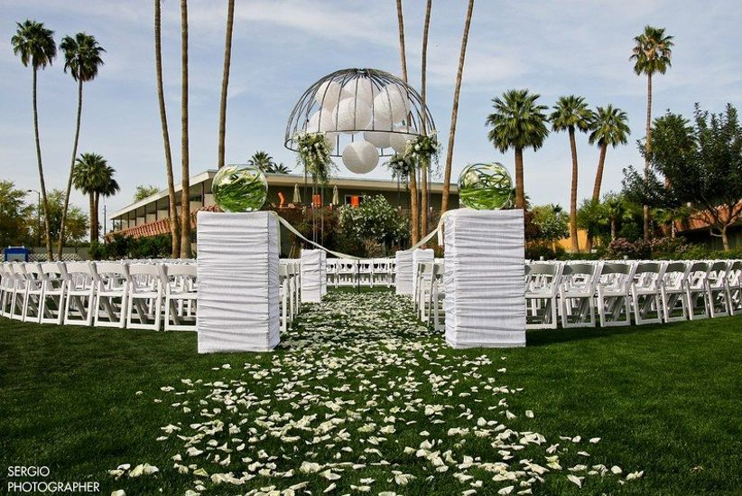 7 affordable wedding venues in phoenix youll love weddingwire learn more about the views at superstition junglespirit Image collections