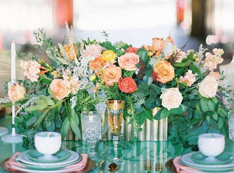 blush and orange rose centerpiece with greenery <li>ben q. photography