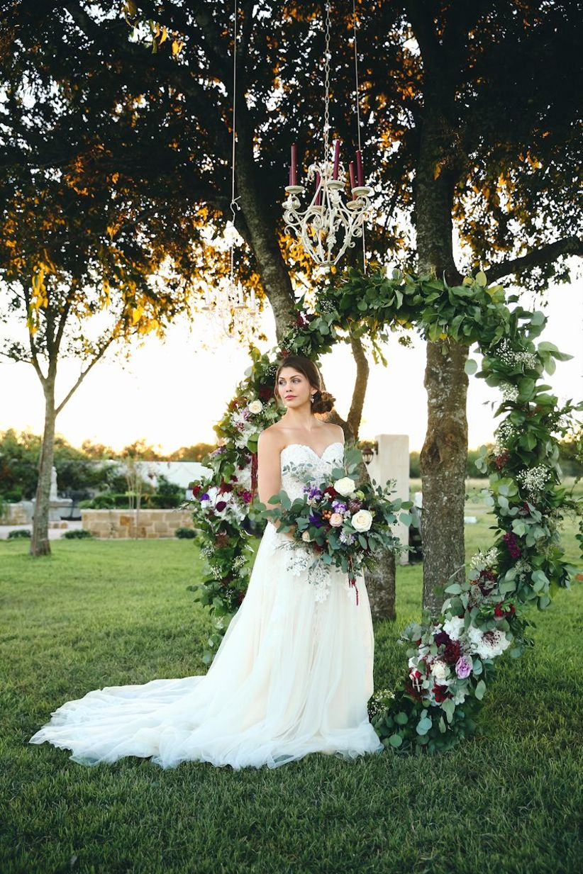 trendy wedding ceremony backdrops