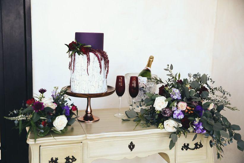 trendy fall wedding cake