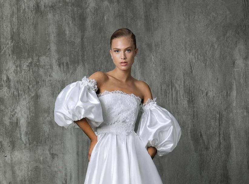 b99dcbd9dcb2 11 Puff Sleeve Wedding Dresses That Make a Serious Statement ...