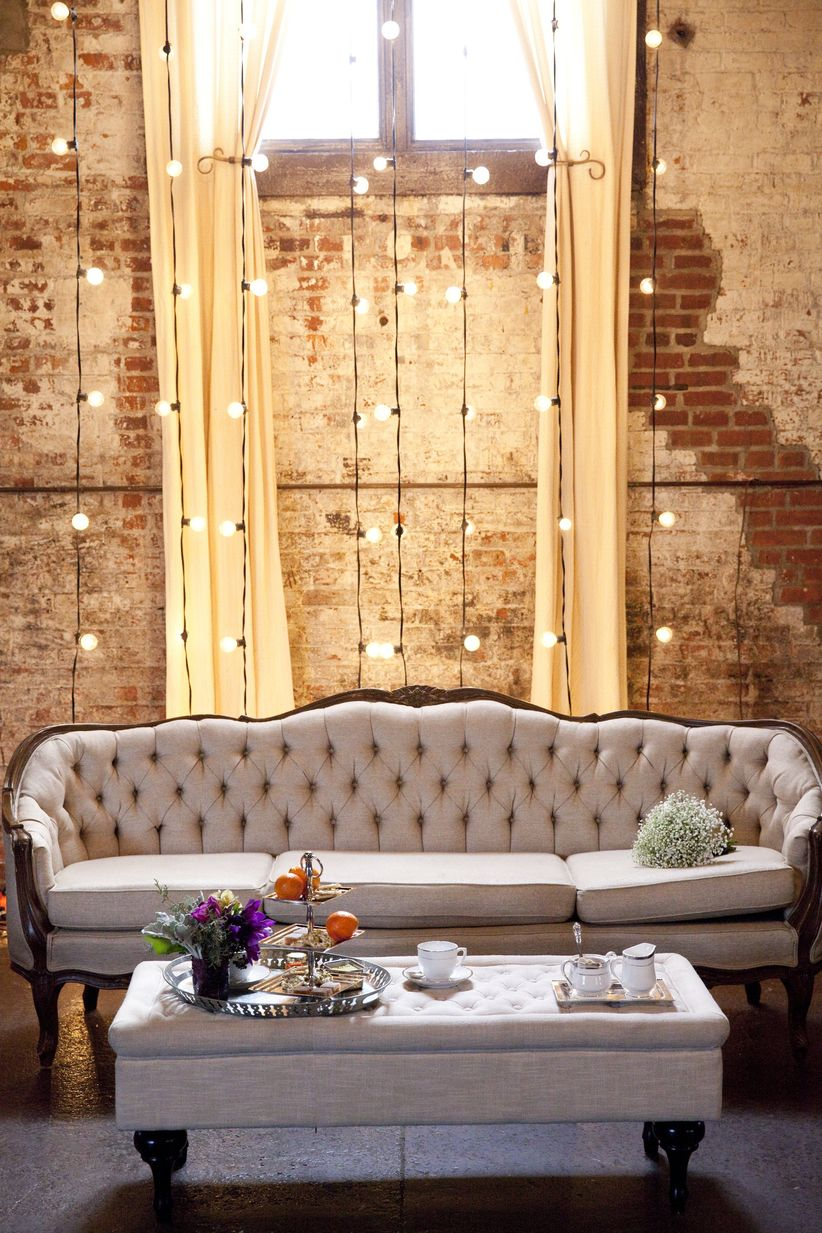 These Industrial Wedding Ideas Are a Chic Couples\' Dream - WeddingWire