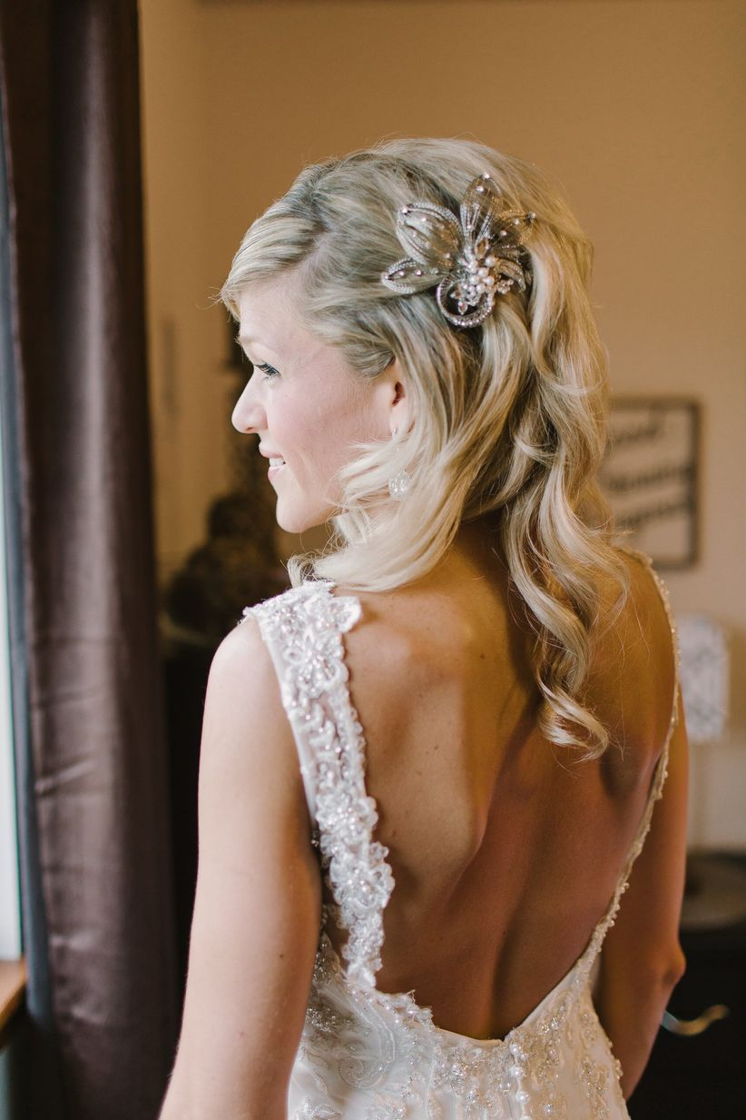 long wavy glam hairstyle