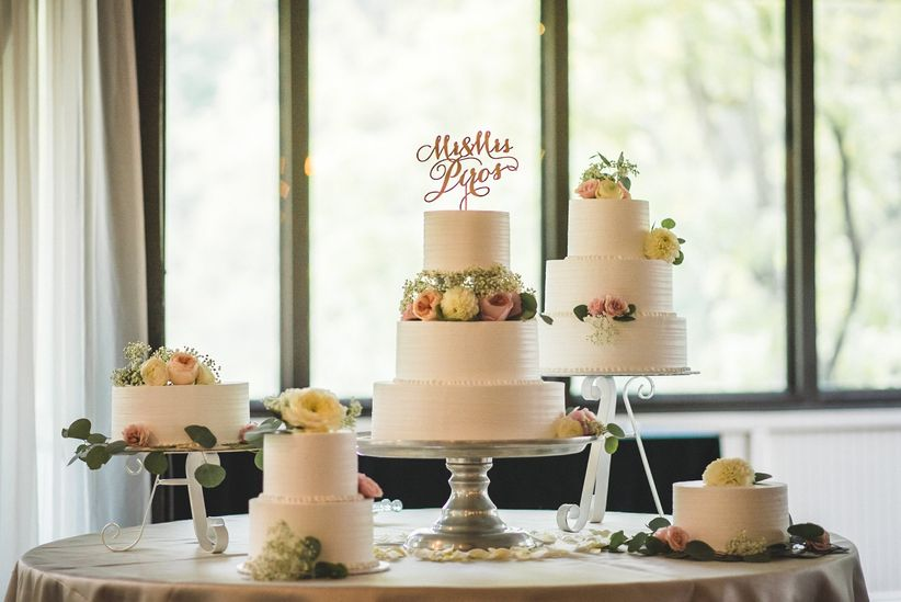 table of wedding cakes fondant cakes with flowers
