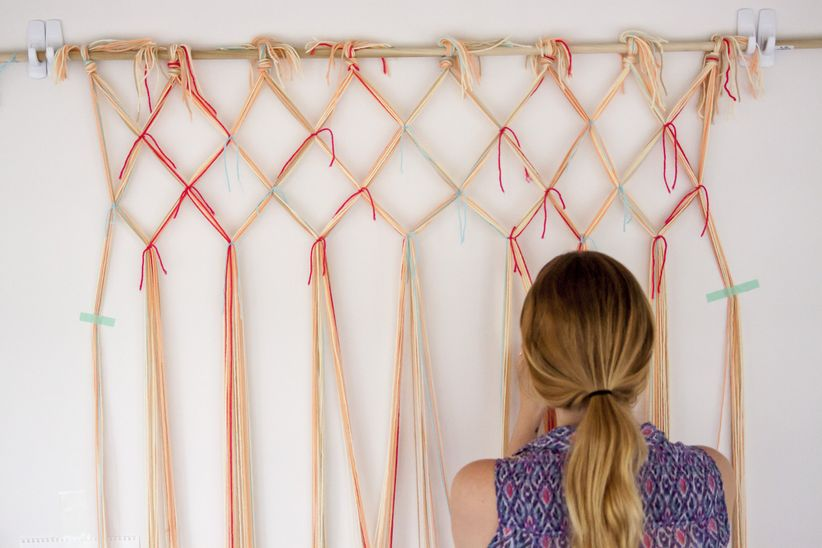 diy yarn lattice photo backdrop
