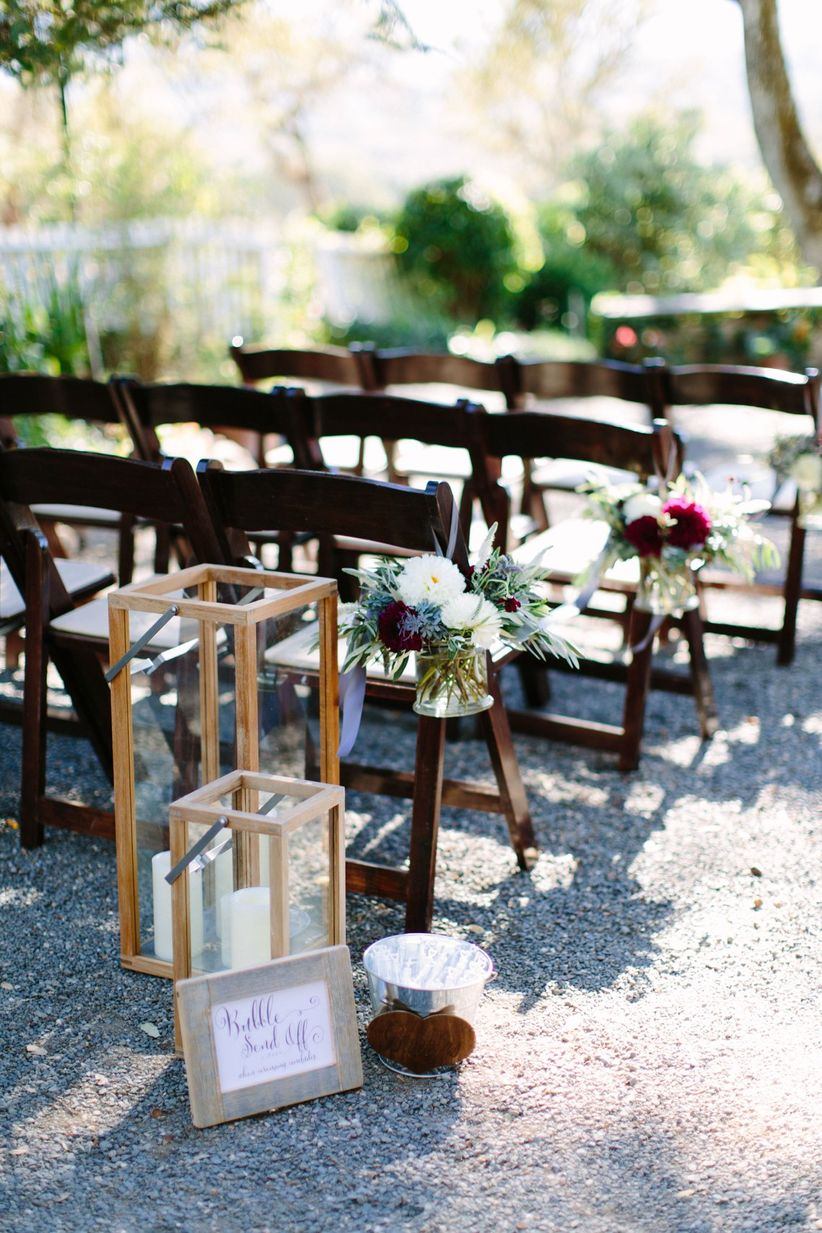 vineyard wedding decor ideas