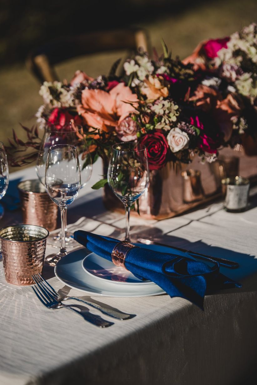 modern fall wedding centerpieces