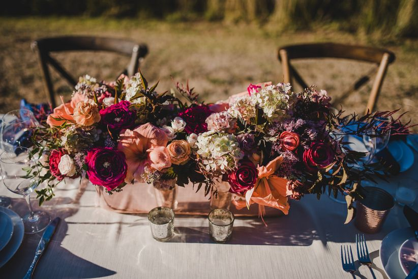trendy fall wedding centerpiece