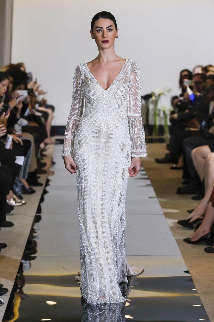 10 Amazing Las Vegas Wedding Dresses - WeddingWire